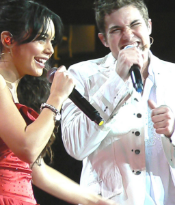 Hudgens, Vanessa with Drew Seeley on High School Musical Tour