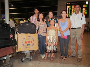 Chinh Doan with her  mother's family before they leave for America