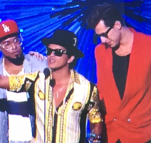 Bruno Mars Accepts VMA Award for Best Male Video 2015