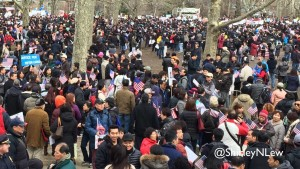 Thousands rally in Brooklyn for Peter Liang