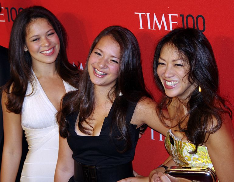 Amy Chua with her two daughters
