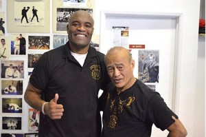 Anderson 'The Spider' Silva with 79-year old Master Dan Inosanto.